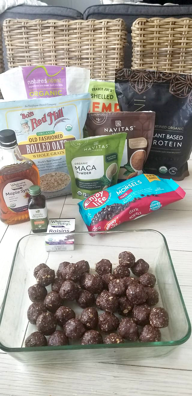 protein balls toxin free recipe by Meghan Smallwood